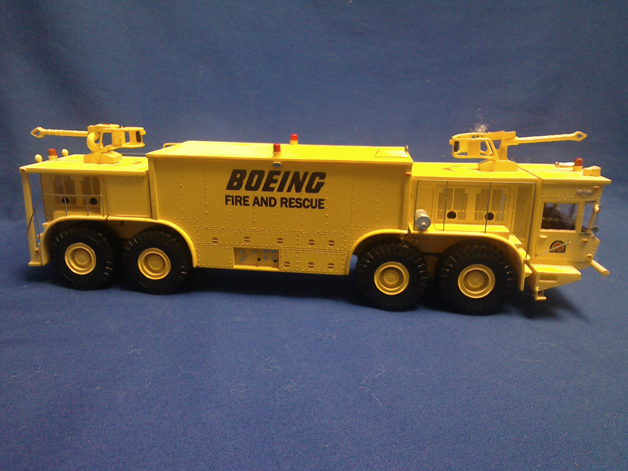 Picture of Oshkosh P15 Twin Engine 8X8 Fire Crash Truck - yellow BOEING