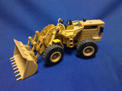 Picture of Caterpillar 966C wheel loader