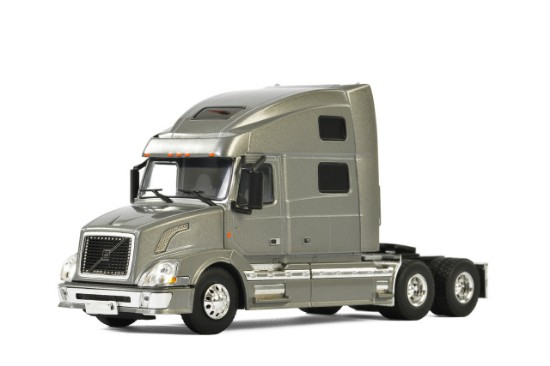 Picture of Volvo VN780  6x4 - silver