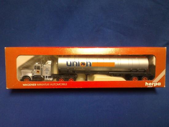 Picture of Kenworth semi tanker UNION 76