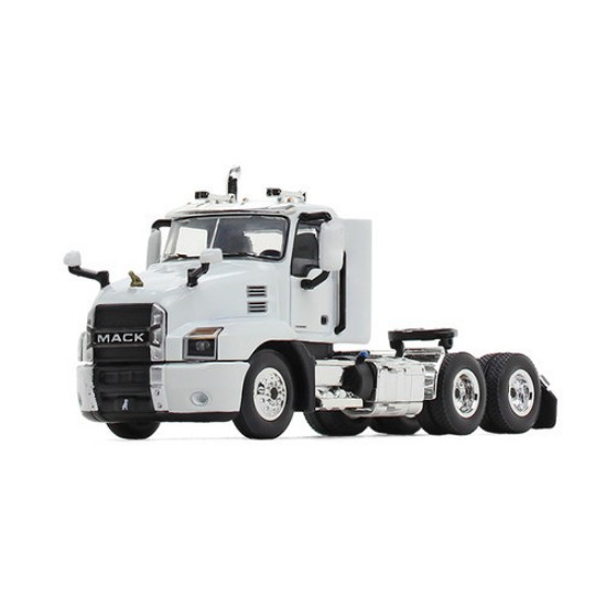 Picture of Mack Anthem tractor - arctic white