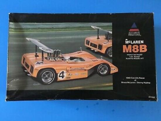 Picture of McLaren M8B race car 1969