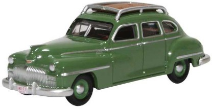 Picture of 1946 DeSoto Suburban  -green