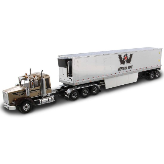 Picture of Western Star 4900 SB sleeper tridem+refrigerated trailer  gold/chrome