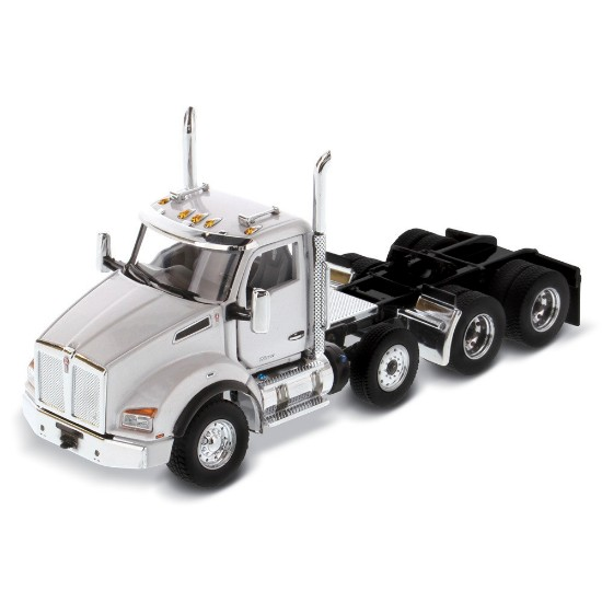 Picture of Kenworth T880 SBFA tandem tractor with lift axle - white