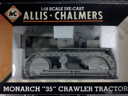 Picture of Allis-Chalmers Monarch 35 crawler  metal tracks