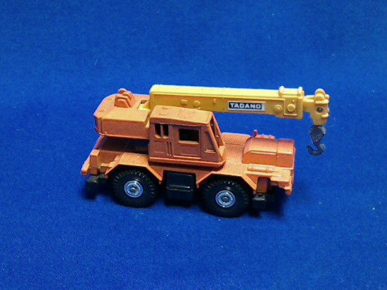Picture of Tadano Rough Terrain Crane TR151S - orange