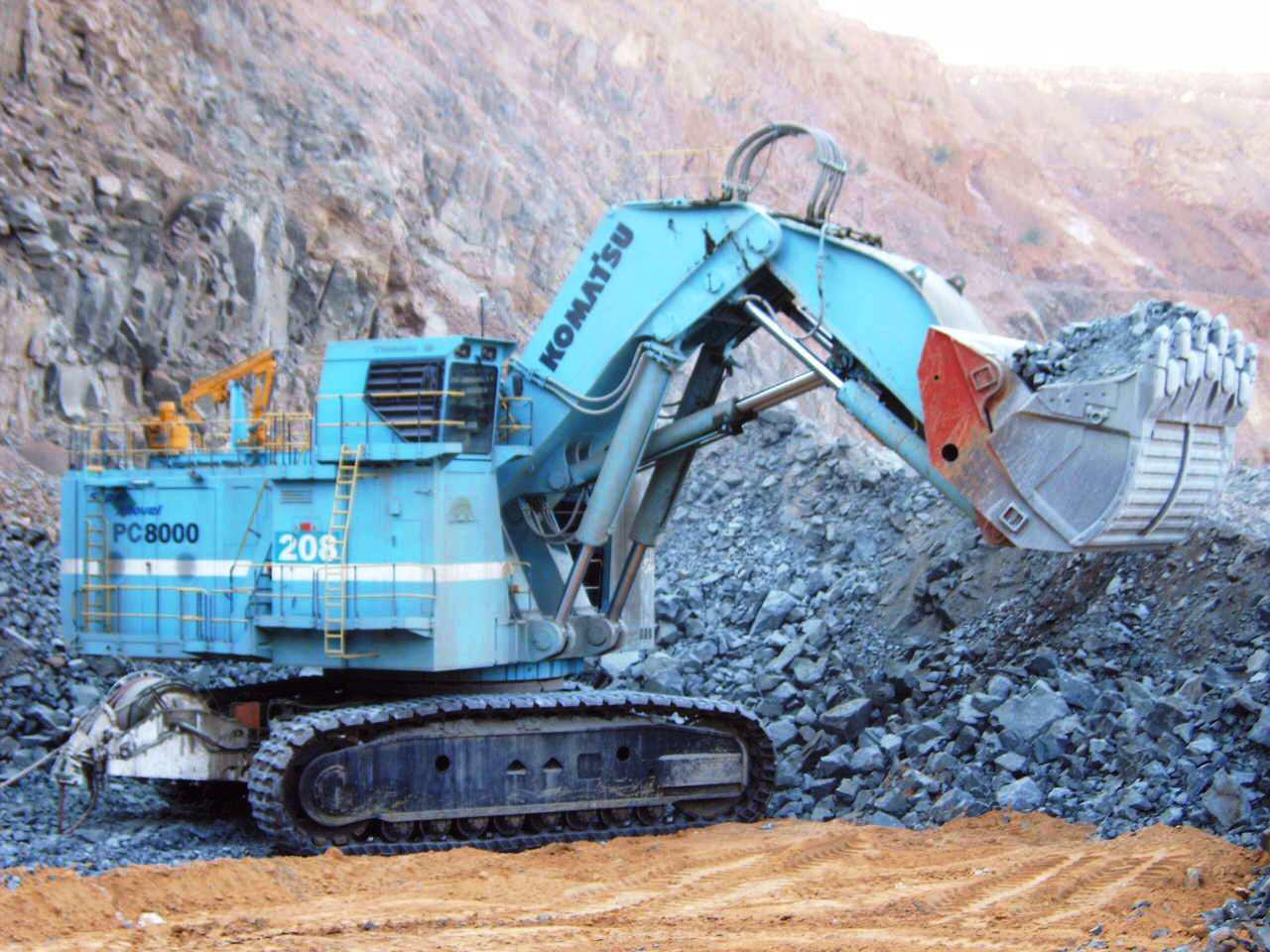 Picture of Komatsu PC8000-6 mining shovel Electric - JWANENG