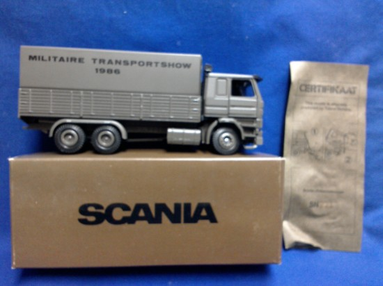 Picture of Scania R142    MILITAIRE TRANSPORT SHOW 1986