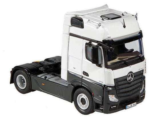 Picture of MB Actros FH25 Gigaspace 4x2 tractor - white