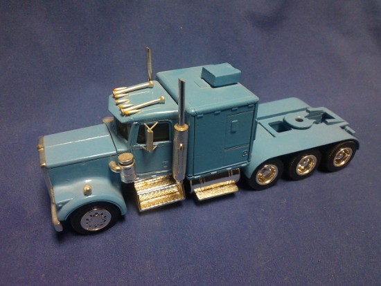 Picture of Kenworth W900 tri axle tractor with sleeper -  blue