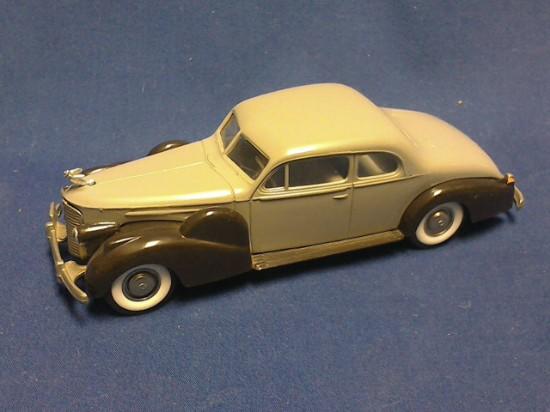 Picture of Cadillac V-16 1938-1940  Coup De Ville  Ferme