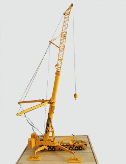 Picture of XCMG XCA1200 truck crane 8 axle 1200 ton