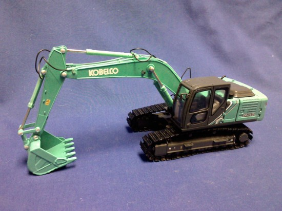 Picture of Kobelco SK210LC-10 track excavator - green