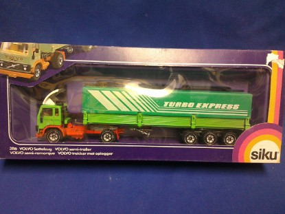 Picture of Volvo Semi Trailer w/ Opening Gates - TURBO EXPRESS - green