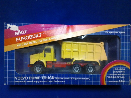 Picture of Volvo dump truck