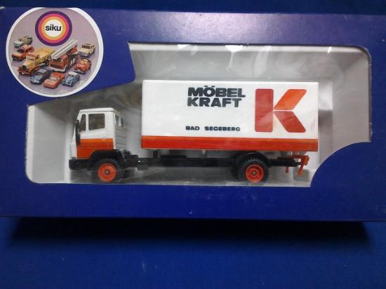 Picture of MB box truck - MOBEL KRAFT