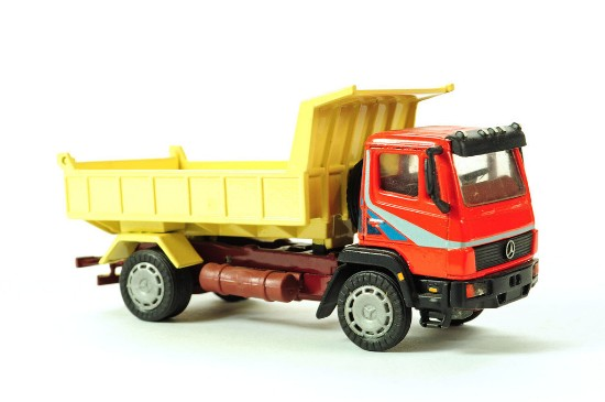 Picture of MB dump truck