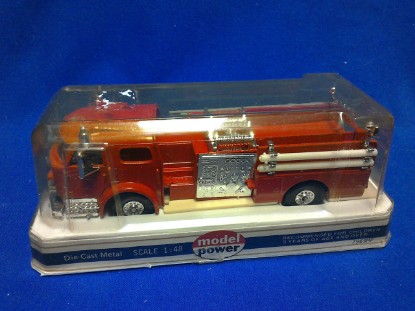 Picture of American Lafrance fire pumper - red
