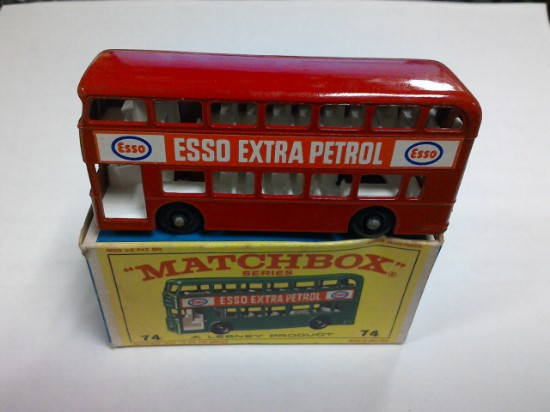Picture of Daimler bus - Esso  red