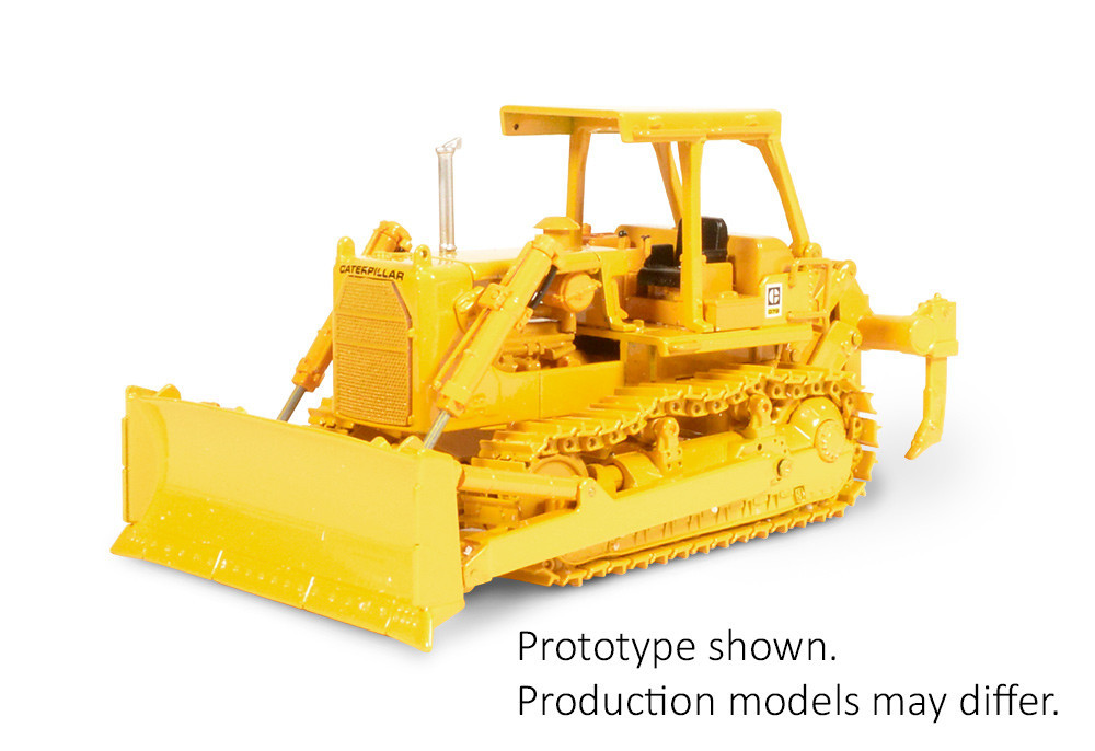 Picture of Cat® D7G Dozer w/ S Blade and ripper