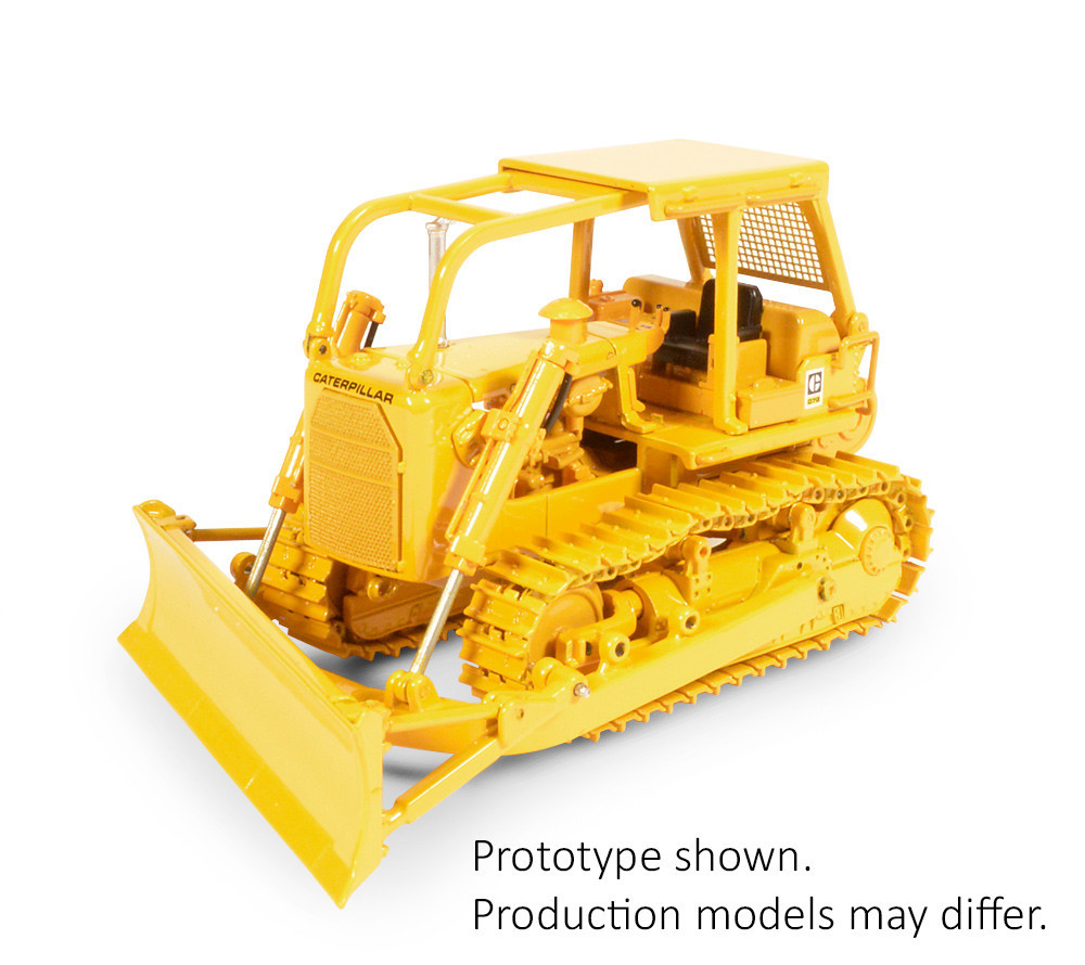 Picture of Cat® D7G Dozer w/ A Blade and winch