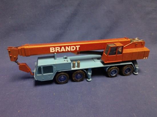 Picture of Demag HC130 truck crane  4 axle - BRANDT