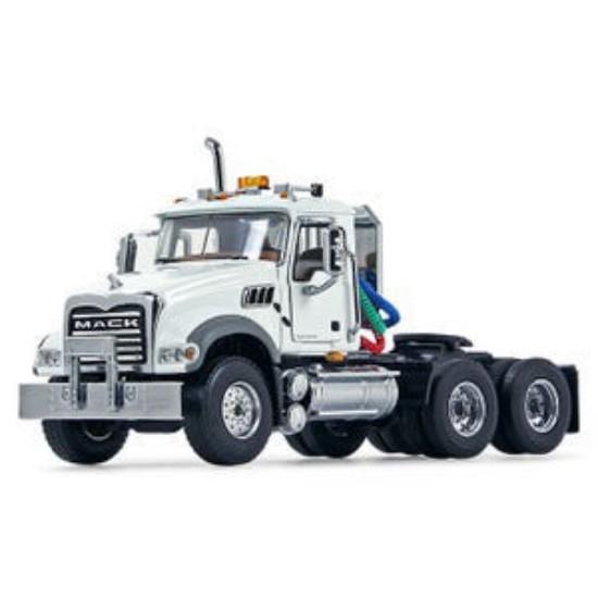 Picture of Mack Granite tractor - white