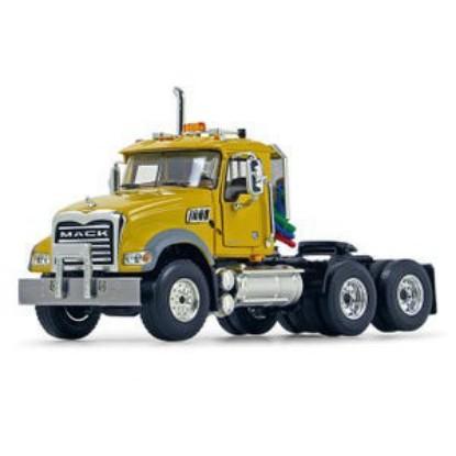 Picture of Mack Granite tractor - yellow