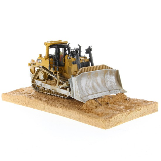 Picture of Caterpillar D9T dozer - weathered