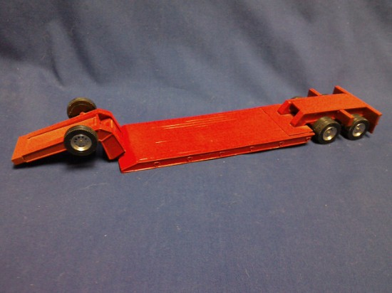 Picture of 2 axle lowboy  - red