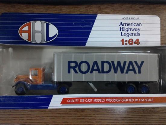 Picture of Mack BM semi van-Roadway