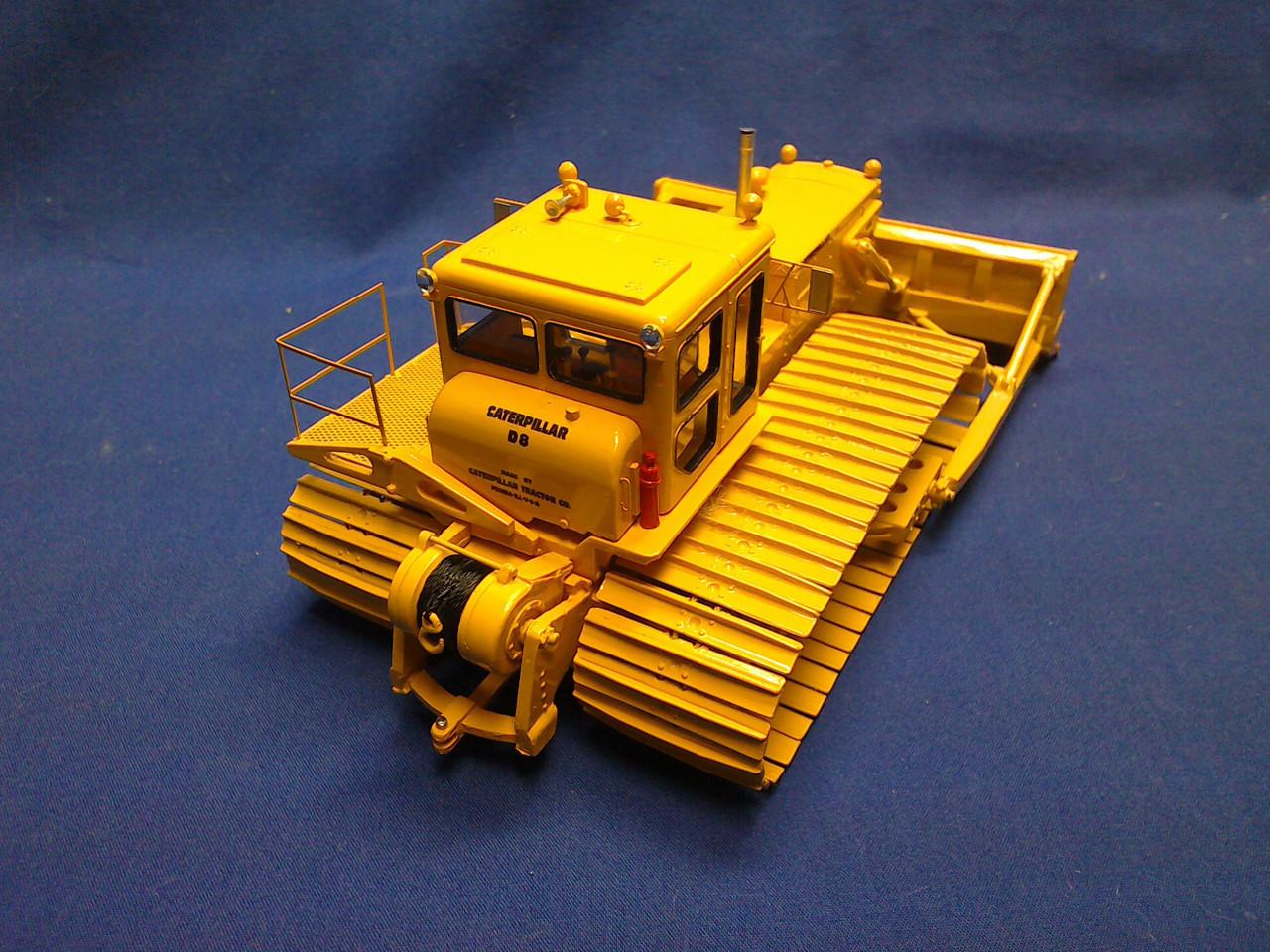 Picture of Cat S-D8LGP snow dozer  Series 2