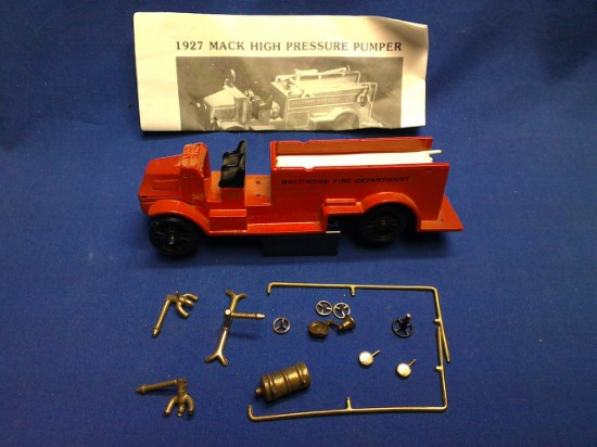 Picture of Mack 1927 high pressure fire pumper - BALTIMORE