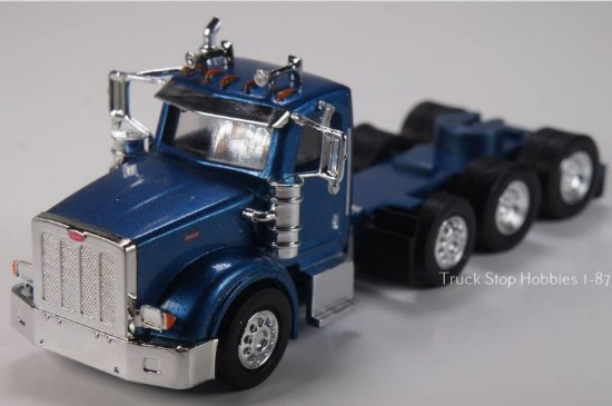 Picture of Peterbilt 367 4 Axle  Daycab - 2 Pack Blue