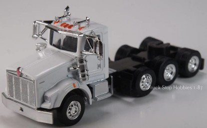 Picture of Kenworth T800  4 Axle  Daycab - 2 Pack -white