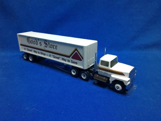 Picture of Tractor + box van  Good's Store