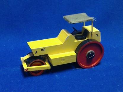 Picture of ADM6 steel 3 wheel roller