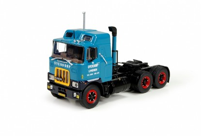 Picture of Mack F700 6x4 tractor  OVERDORP