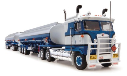 Picture of Kenworth road train tanker (3 trailers)